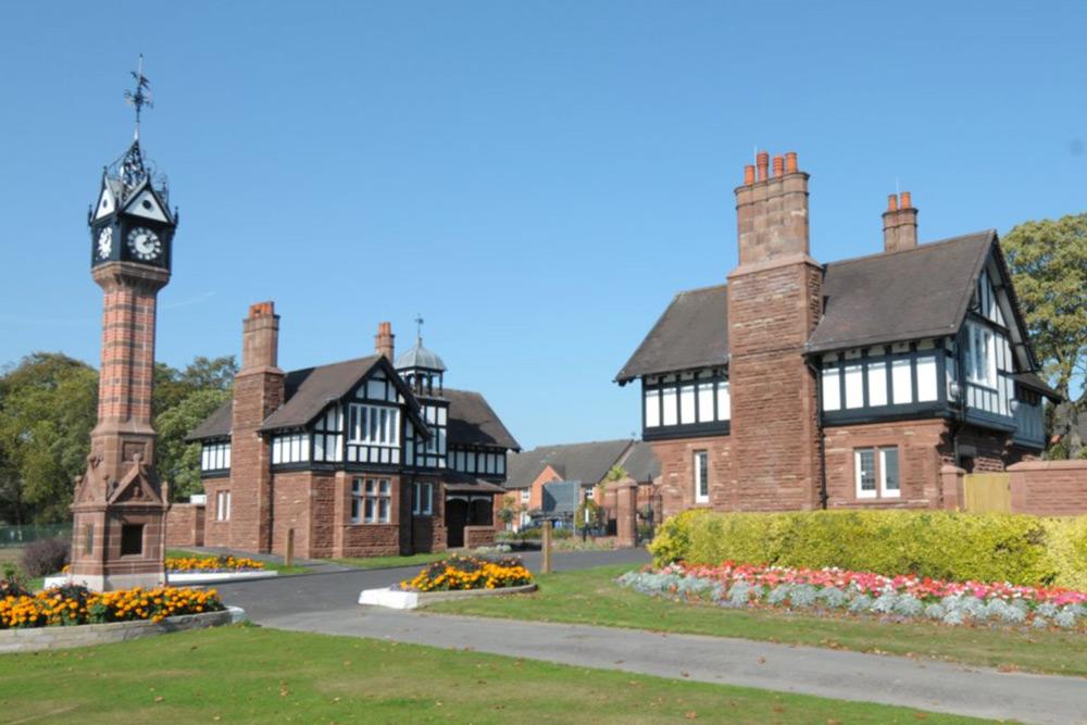 Queens Park Lodges, Stoke-on-Trent